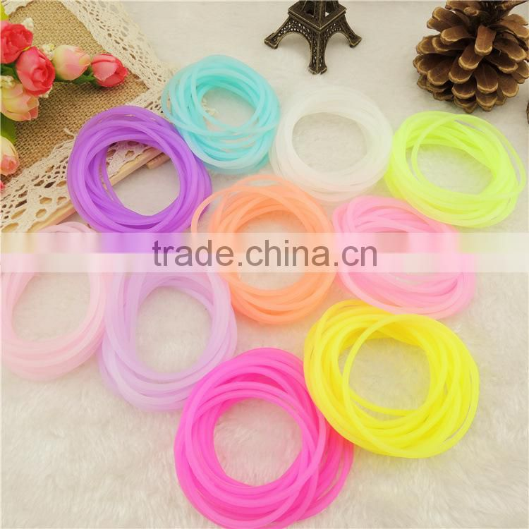Top sale thin silicone bracelet /cheapes rubber bracelet with many colors