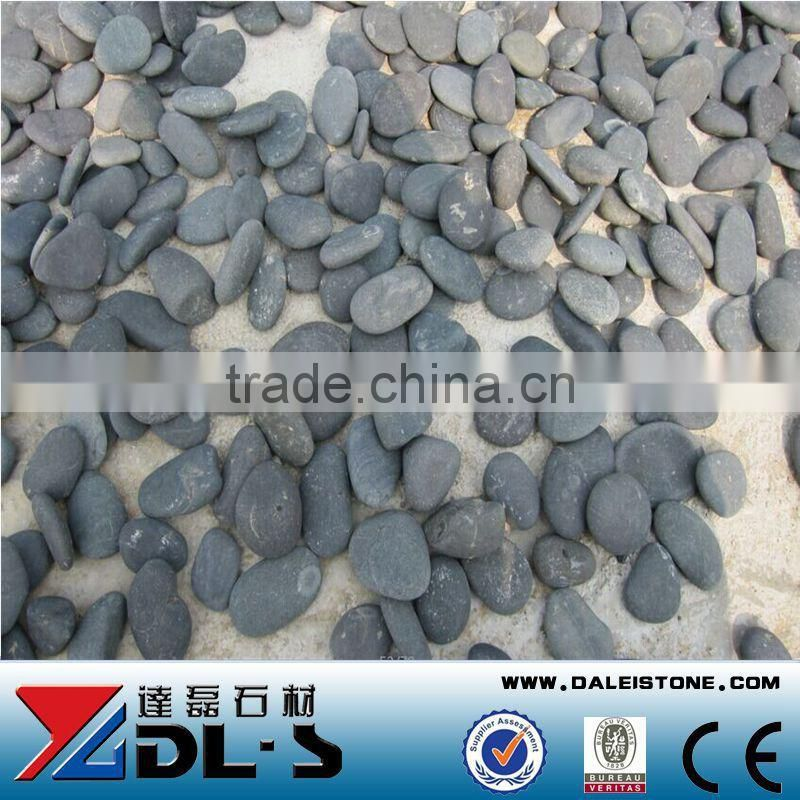 Natural Black flat pebble stone