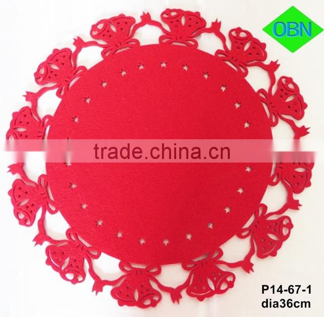 Red dining table fet placemat