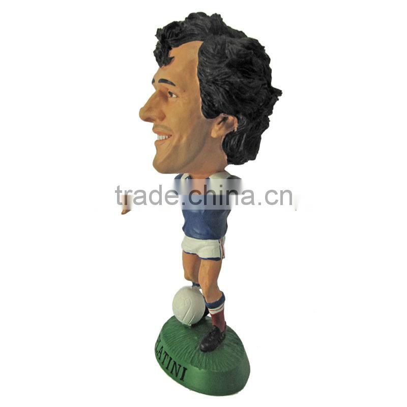 3d custom football player action figure/football action figure/china manufactured football player