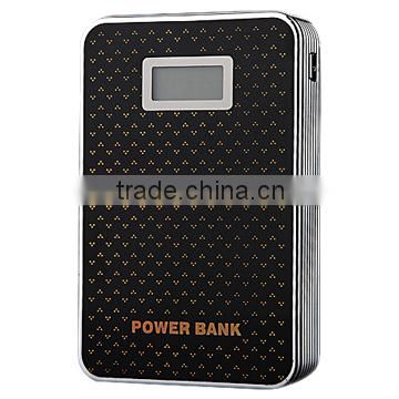 Portable Dual usb ports Power banks manufacturer 8000mAh Quick Charge Metal Power Banks with Lcd Screen