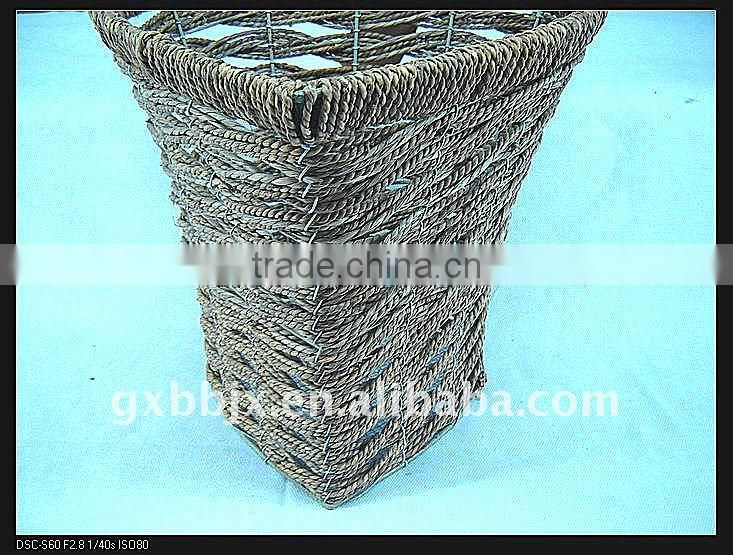 Seagrass wire heart shaped storage decorative waste paper baskets