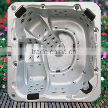 Chinese Supplier High Quality Freestanding Whirlpool 5 Person Inflatable Hot Tub