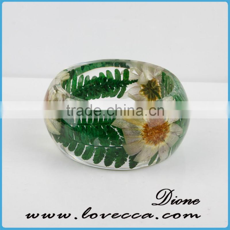 Transparent Clear Resin Bangle , Pressed Dried Flowers Clear Resin Bracelet for women