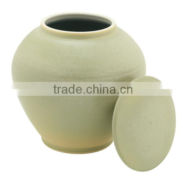 Modern European style ceramic wholesale cremation urn for ahses