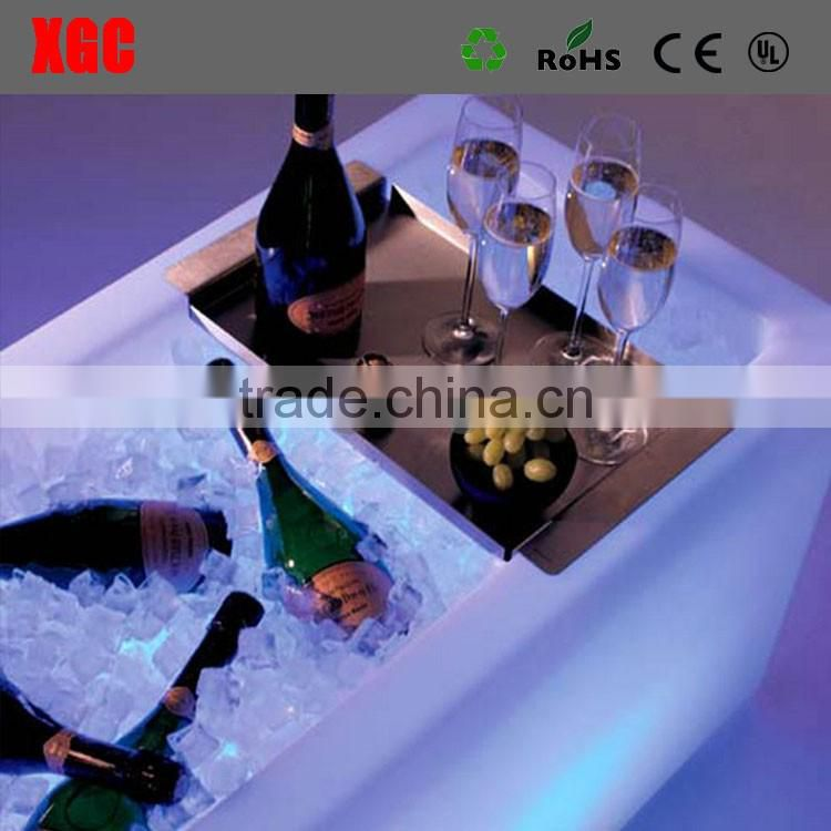 2017 Promotional flashing LED ice bucket plastic ice bucket