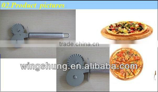 17.5*7.5cm Practical stainless steel pizza knife/Lace wheel convenient to use