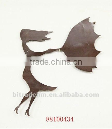 cat and mouse metal wall decor