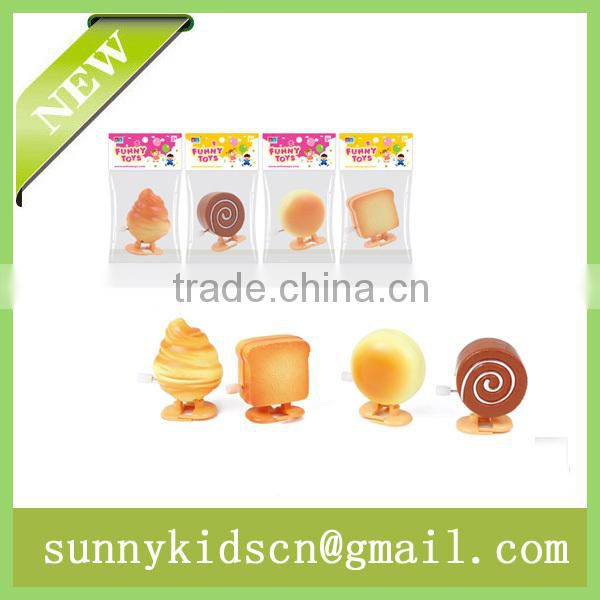 Cute wind up toy wind up bread capsule toy