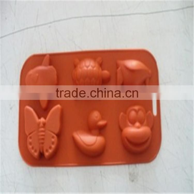 cute design food grade silicone ice cube tray and cake molds
