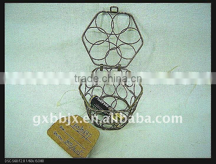 Gold hexagonal wire woven extensions storage case with lid