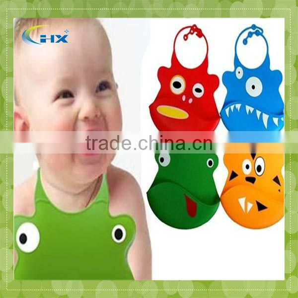 Supplier Lfgb Standard Frog Shaped Baby Silicone Bibs
