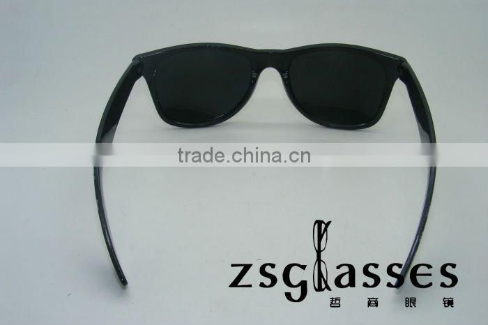2012Retro high quality fashion sunglasses for ALL PEOPLE