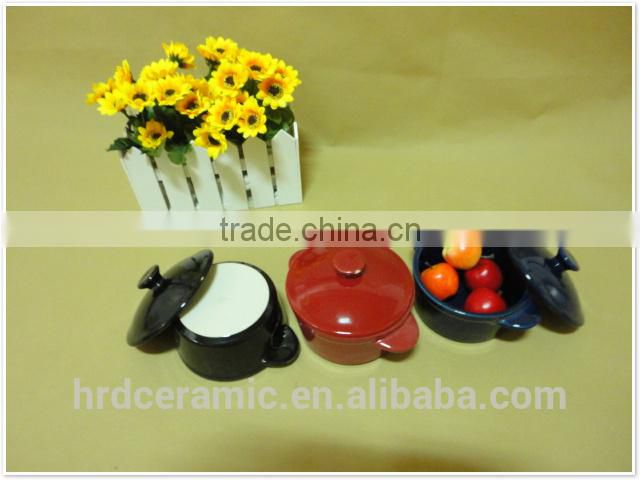High quality two handles colored ceramic bakeware plates set