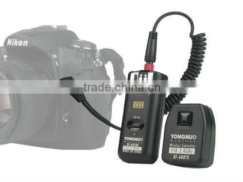 RF-602 2.4GHz Wireless Remote Flash Trigger for Canon and Nikon