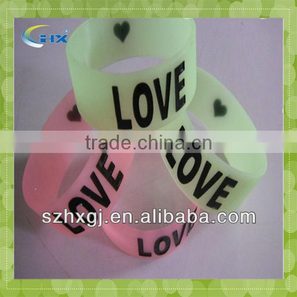 G-Hot Sale !!! Most Special And Lovely Printed Silicone Bracelet