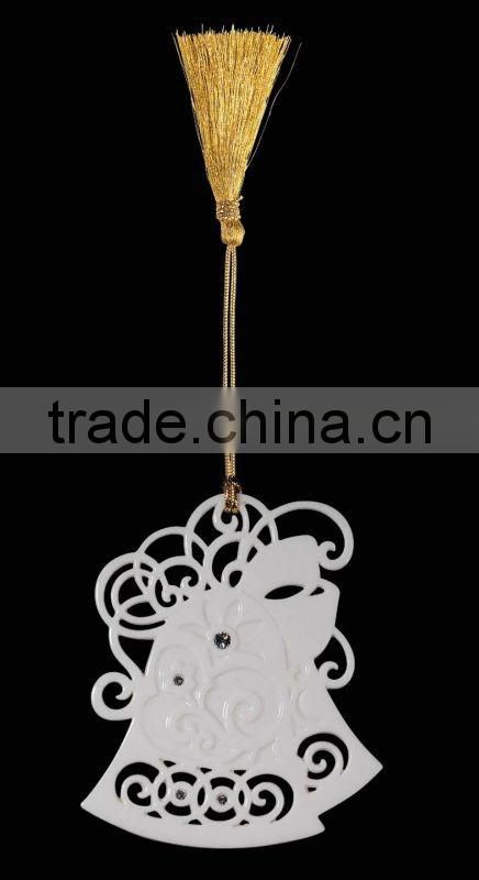 Hot Sale Porcelain Christmas Heart Hanging Ornament Stand with Porcelain Ball Pendant WS331-SS10098B