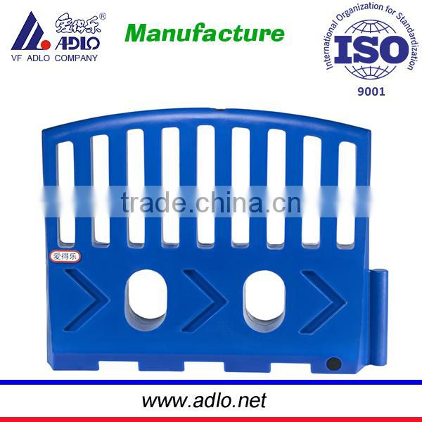 ISO suppliers PE traffic barriers safety road block equipment