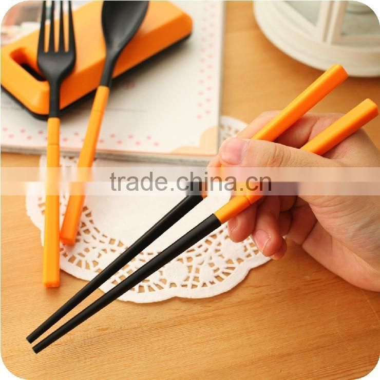 Personalized Durable non-toxic promotional hot sale plastic Kitchenware Kid's Flatware Sets