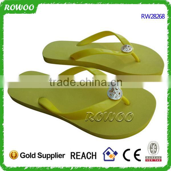 die cut flip flops with custom design,women summer slipper shoes design