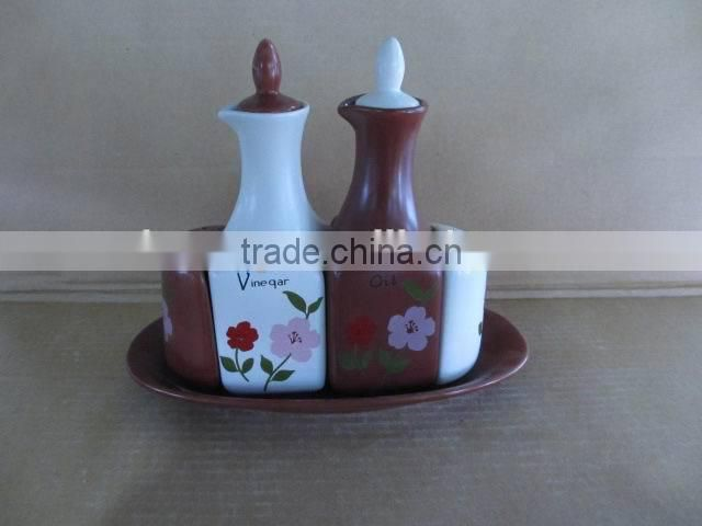 Kitchenware Ceramic salt pepper Oil and Vinegar cruet sets