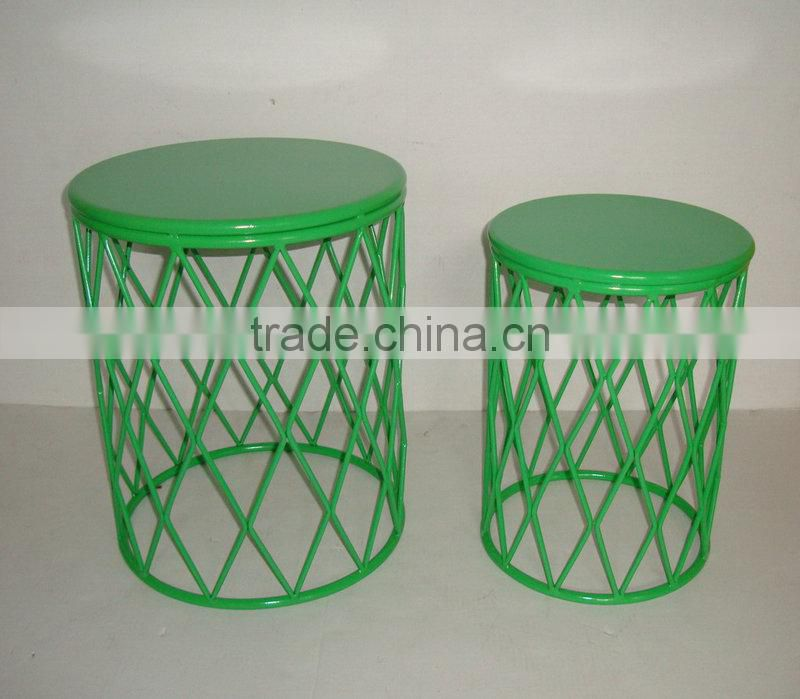 Set of two Metal round chair