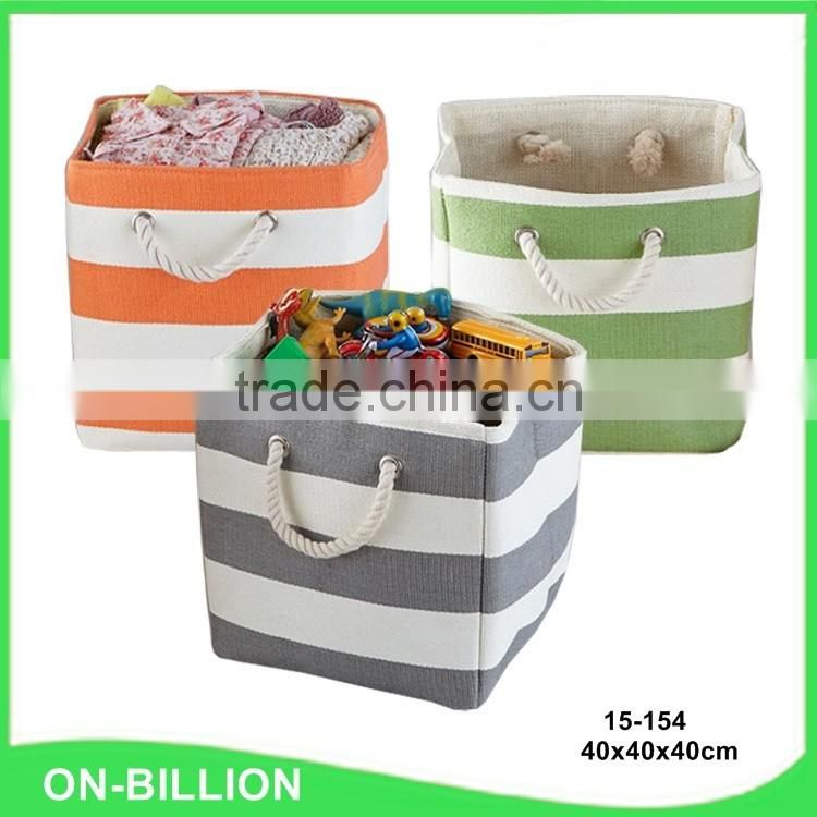 Home sundries storage wicker handmade baskets with liner