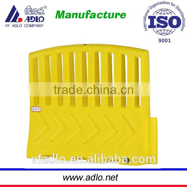 China manufacturing pedestrian safety water plastic parking barrier