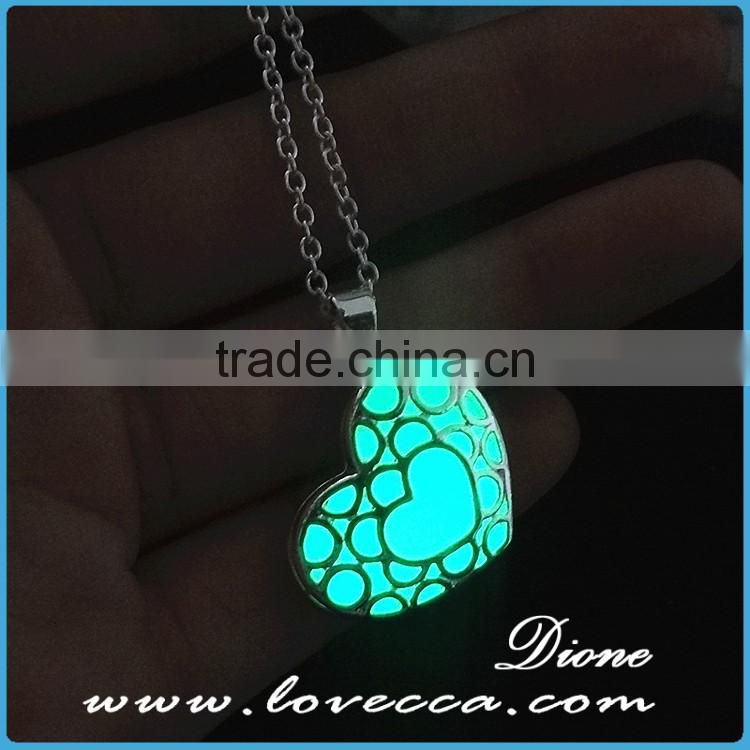 New fashion glowing crystal heart necklace for sale