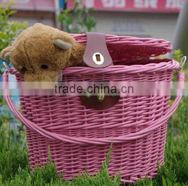 China custom handmade removable pink new wicker rattan bicycle basket with lid