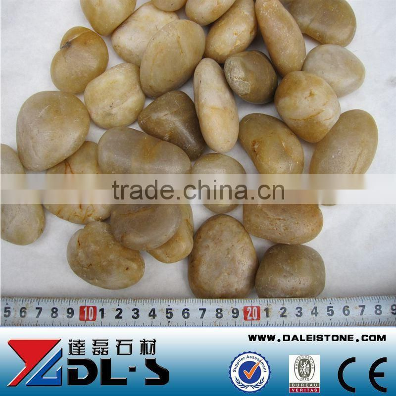Natural yellow pebble stone
