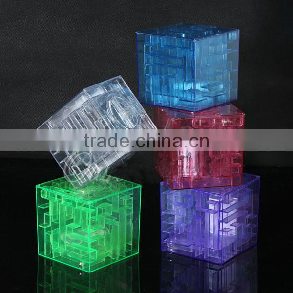 Plastic 3D Transparent Labyrinth Maze Coin Bank