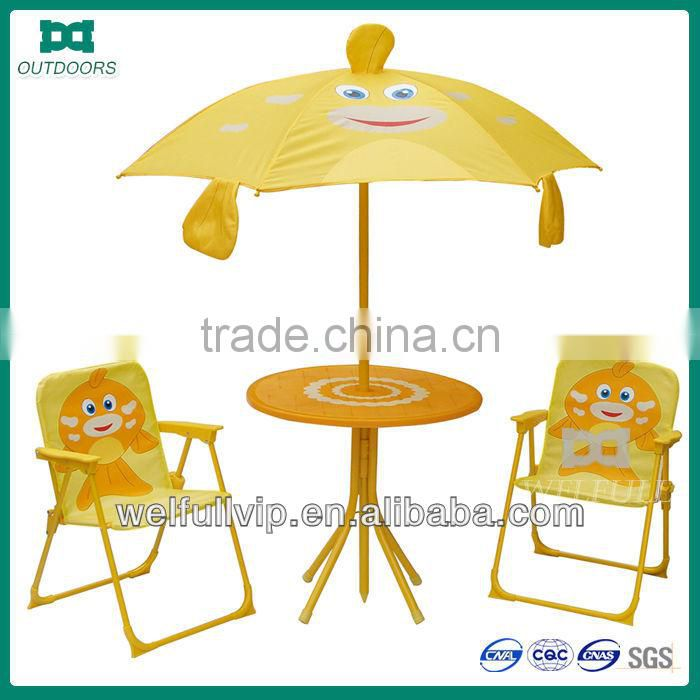 garden kids fold up table and chair