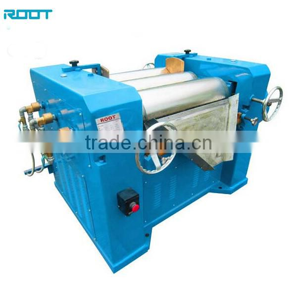 Roller grinding machine for paint
