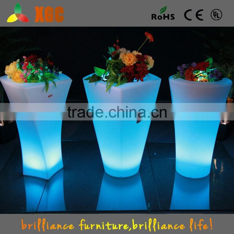 Hot sale Outdoor flower pot made of PE plastic GD116