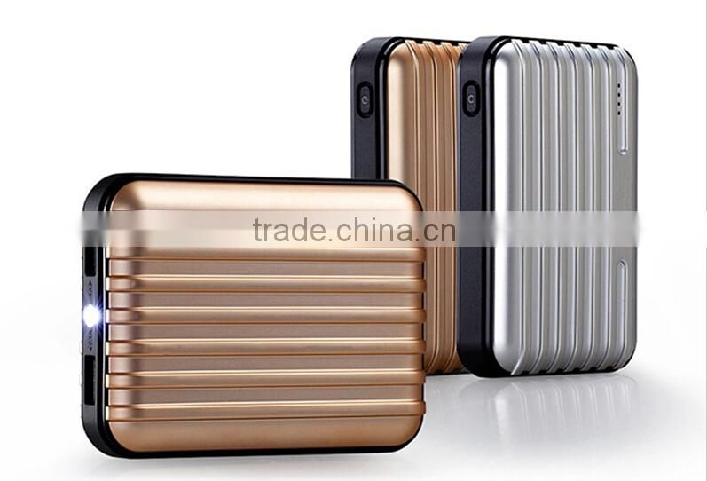 Fashion 2015 Dual Usb Travel Bag Super Power Bank 8800mah