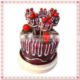 Wedding Gift Cake Design Fruit Fork
