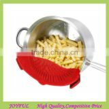 Hot Sale Clip-on Silicone Strainer,Universal Size Fits Most Pans