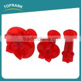 Toprank Promotional Gift LFGB Standard 3pcs Flower Shaped Cake Mold Plastic Cookie Cutter Fondant Plunger Cookie Cutter