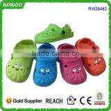 Top quality cute hot selling kids durable garden shoes clog with octopus shape