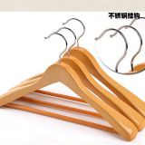 Welcome wooden hanger in USA ,coat hanger with wholesale price with best quality