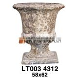 Vietnam Romance Ancient Rust Flower Vase For Home And Garden