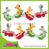Cheap plastic wind up animal set small collectible toys