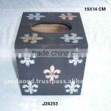 Wooden tisse box with patterns in metal on MDF wood