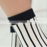 2015 Custom Fashion ladies transparent socks Professional Factory