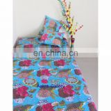 Twin cotton Fruit Print quilts Beige Color Handmade Bed covers quilt wholesale kantha throw From India