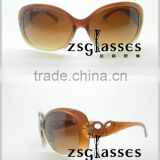 Cheap custom New style of Fashiaon sunglasses Italy Design Sunglasses for women CE&FDA
