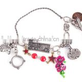 chain bracelet with coloful decorations