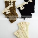 Lace boot cuffs with two butons