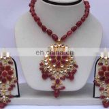 INDIAN COSTUME PEARL PENDANT JEWELLERY SET